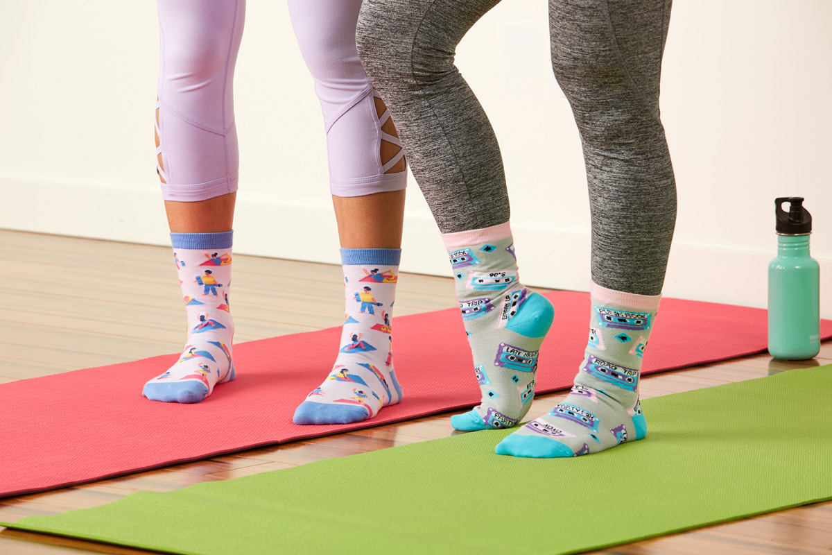 Pose Your Toes Crew Socks for Women W0113, Mixtapes Crew Sock for Women W0101
